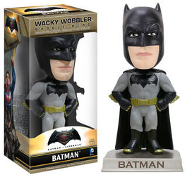FIGURA WACKY WOBBLER BATMAN V SUPERMAN BATMAN 15 CM
