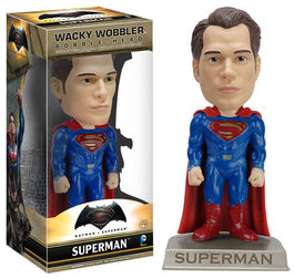 FIGURA WACKY WOBBLER BATMAN V SUPERMAN SUPERMAN 15 CM