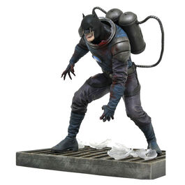 FIGURA DC COMICS GALLERY BATMAN DCEASED 20 CM
